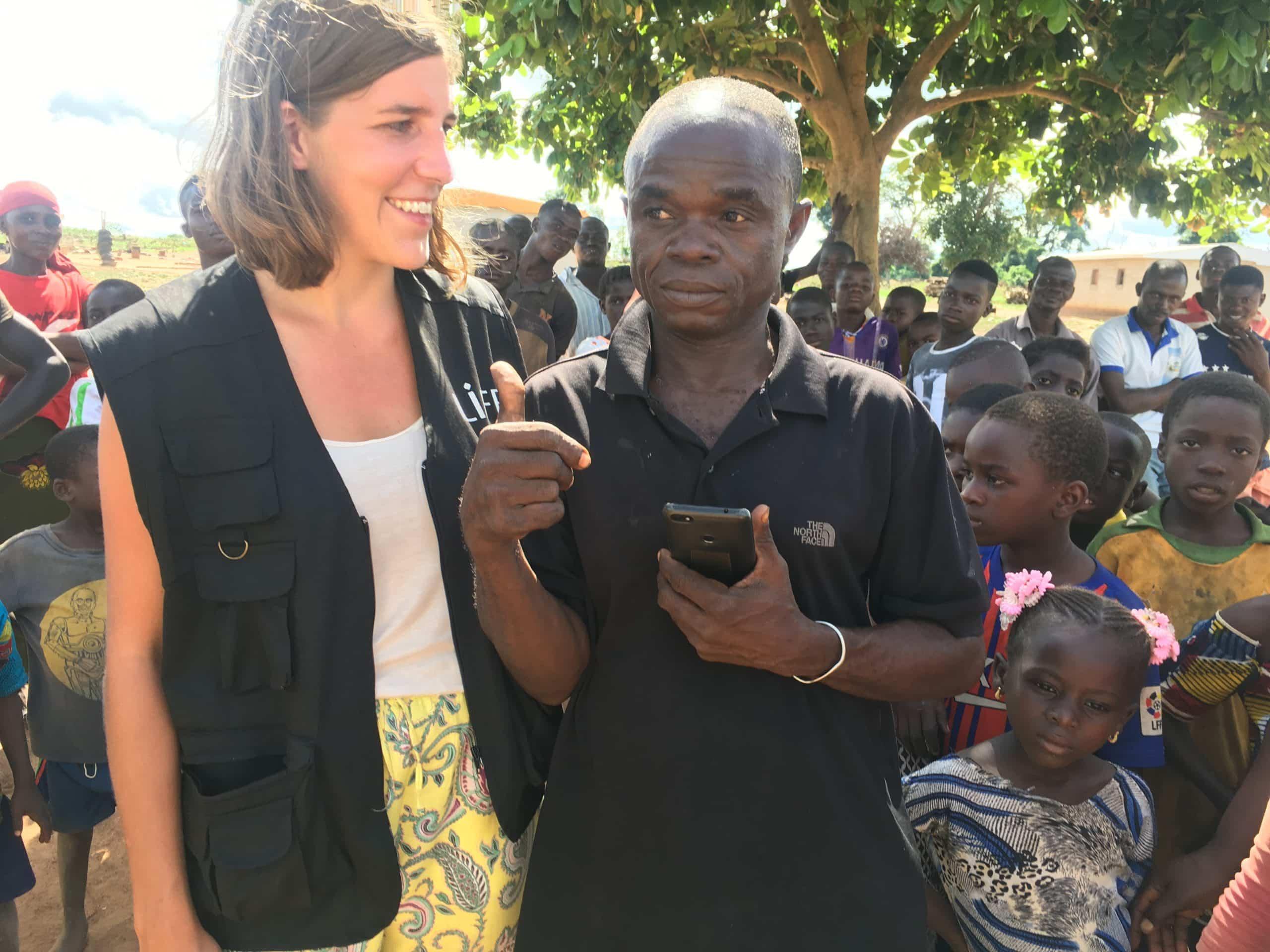 Zoé, la vidéaste de LIFE, en mission en Côte d'Ivoire.